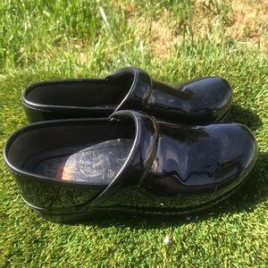 Women's Dansko Professional XP Black clogs 7.5/8